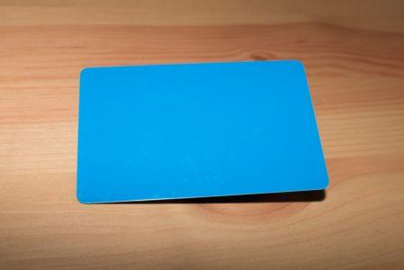 tarjetas plásticas azules